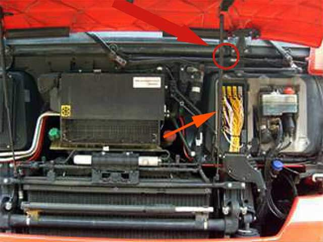 AdBlue Emulator V4 NOx installation on MAN truck